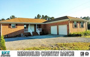 Front of house for sale located at 7 Lee Riddick Dr, Gatesville, NC 27938
