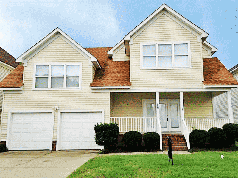 Front of house located at 3833 Bay Oaks Place, Norfolk Va, 23518