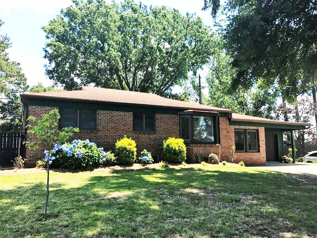 Front of house located at 8300 Nathan Ave, Chesapeake Va, 23322