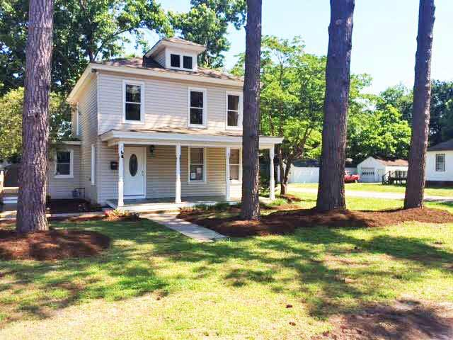 Front of house located at 4400 South St, Portsmouth VA 23707