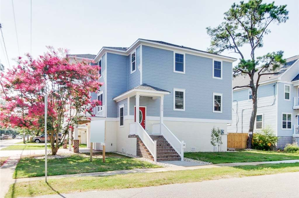 Front of home located at 9578 6th Bay St, Norfolk, VA 23518