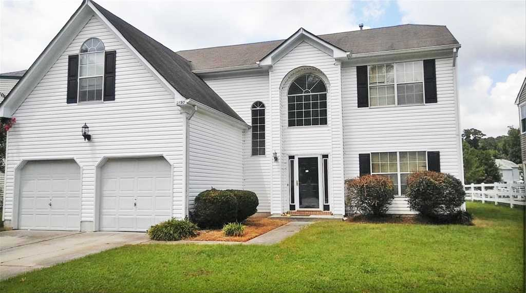 Front of property located at 2593 Mulberry Loop, Virginia Beach, VA 23456