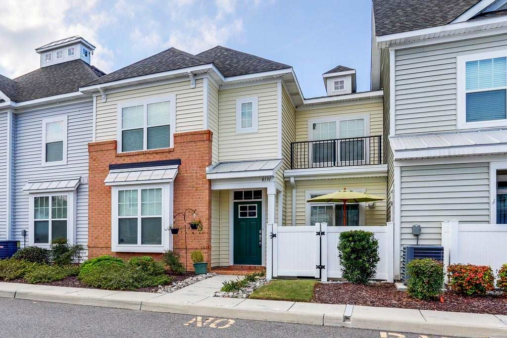 Front of condo located at 8131 Ships Crossing Road, Norfolk VA 23518