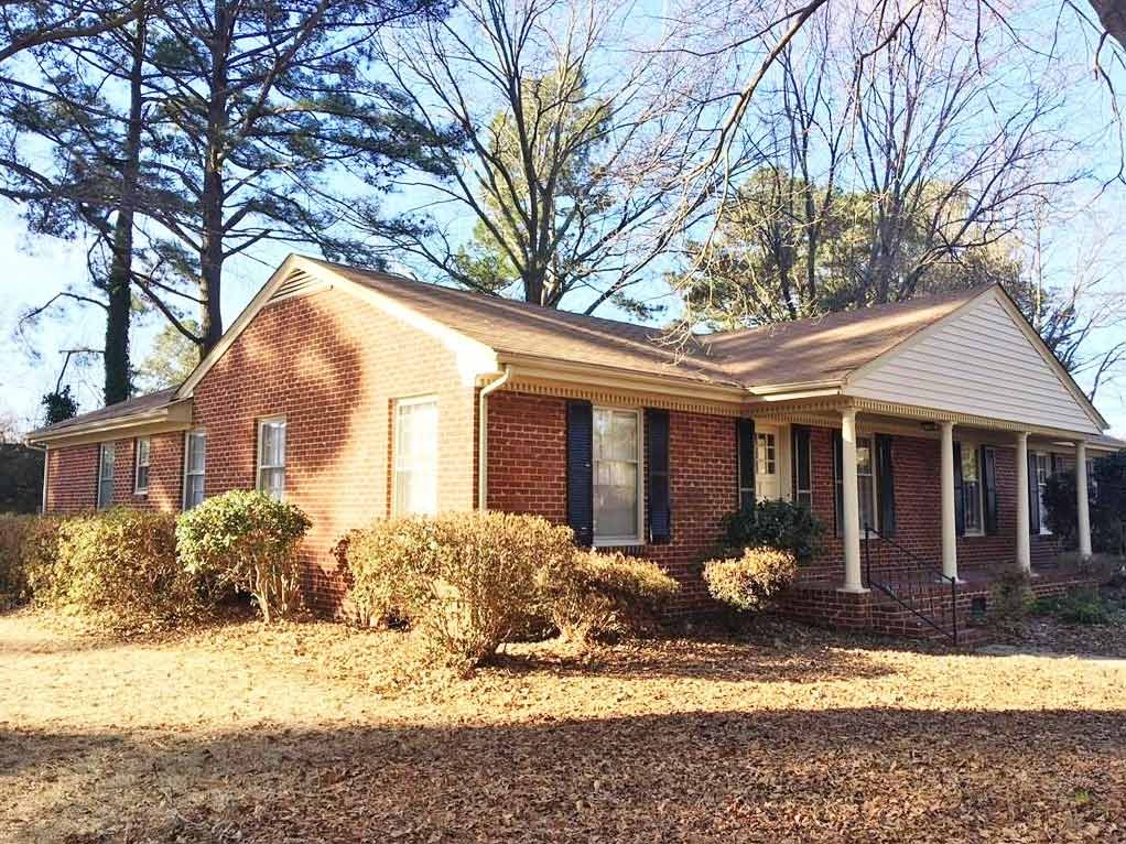 Front of house located at 5209 Peake Lane, Portsmouth VA 23703
