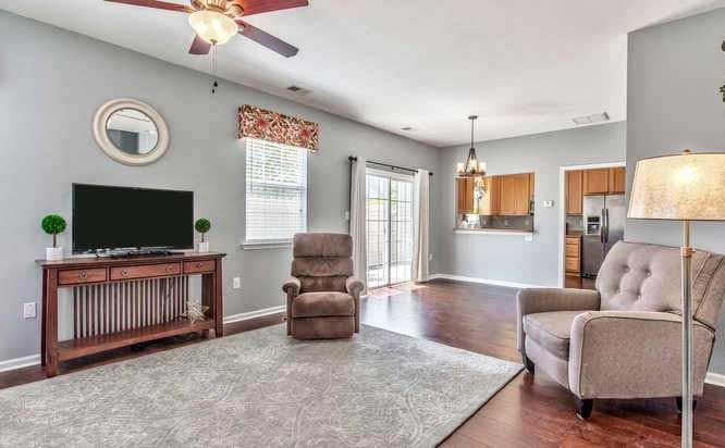 Family Room of property located at 1500 Hambledon Loop, Chesapeake VA 23320