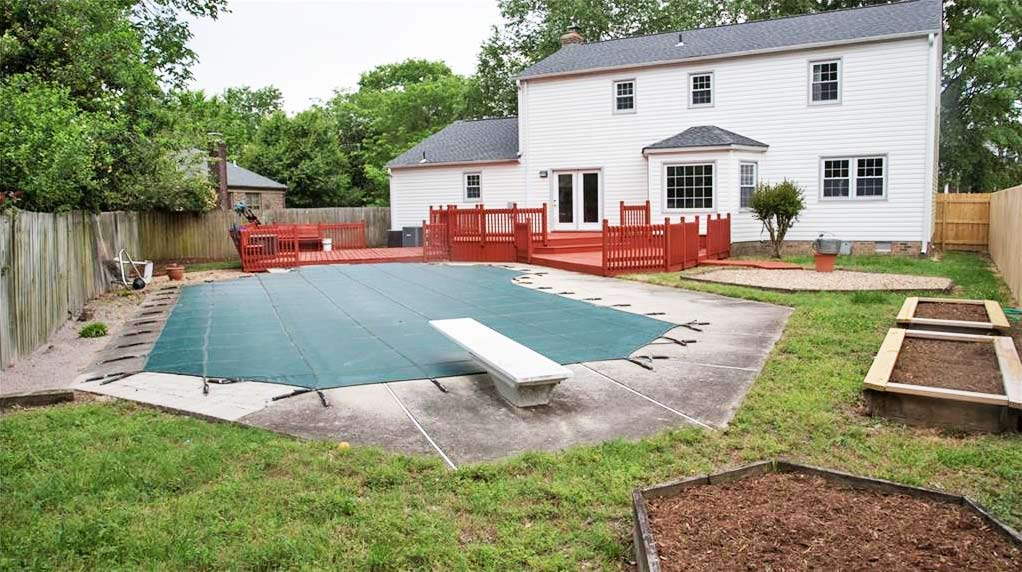 Pool and back yard of property located at 5304 Nelson Court, Virginia Beach, VA 23464