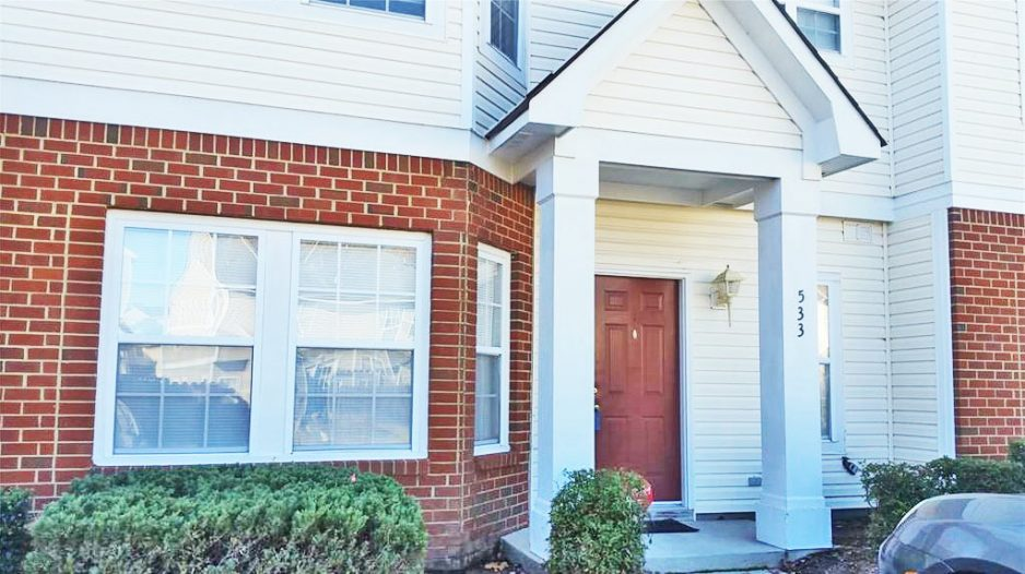 Front of Condo located at 533 Track Crossing, Chesapeake, VA 23320