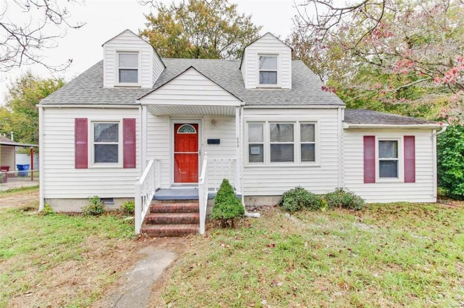 Front of property located at 600 Quail Avenue, Chesapeake, VA 23324