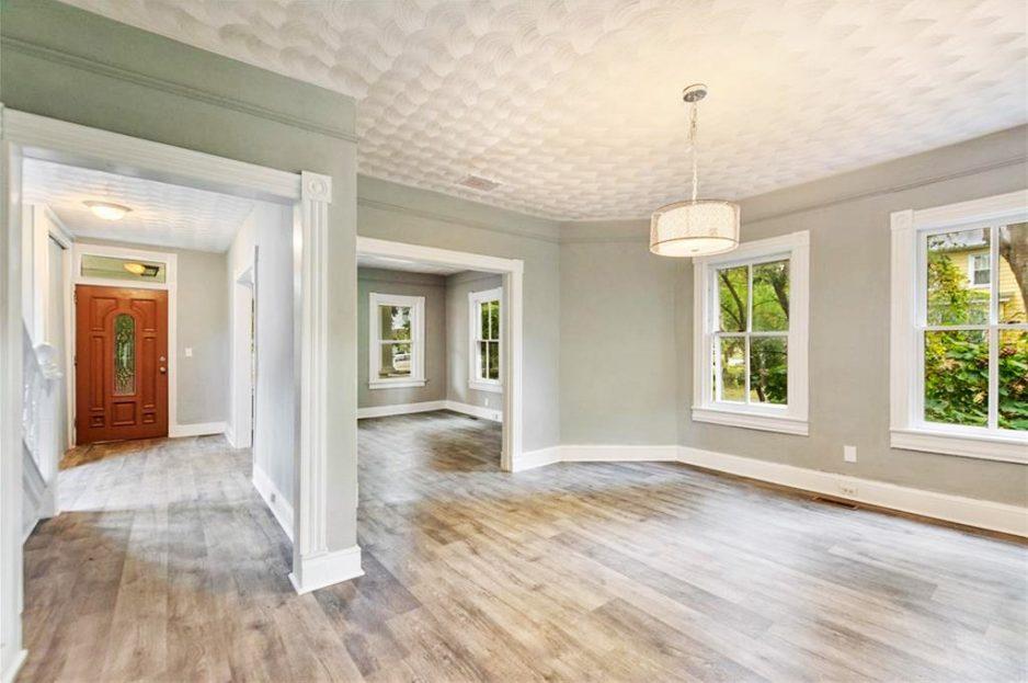 Inside view of 326 Douglas Avenue, Portsmouth, VA 23707