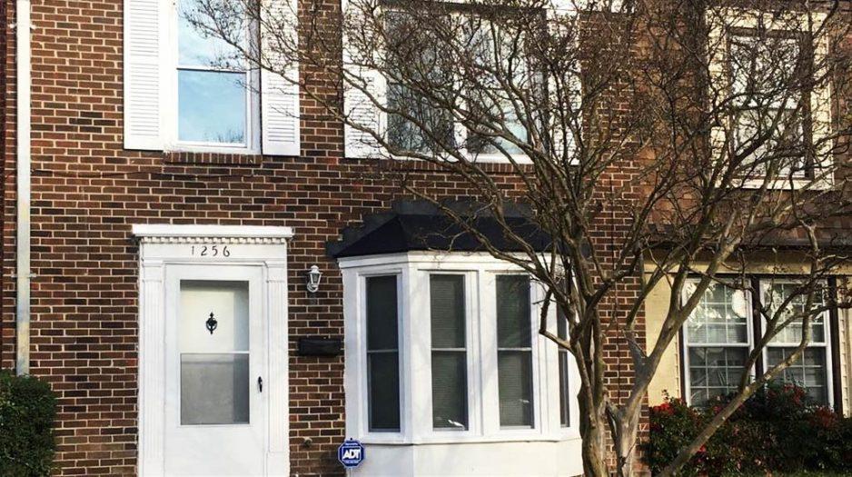 Front of Townhouse located at 1256 White Birch Lane, Virginia Beach, VA 23453