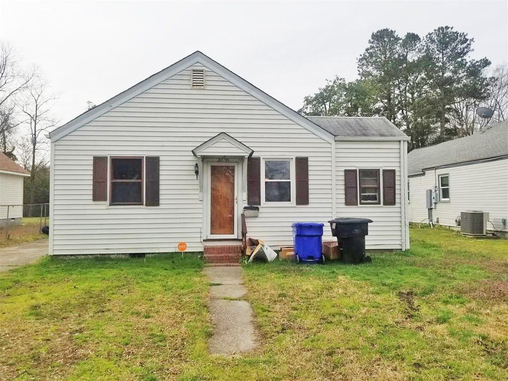 Front of property Located At 2635 Barclay Avenue, Portsmouth, VA 23702