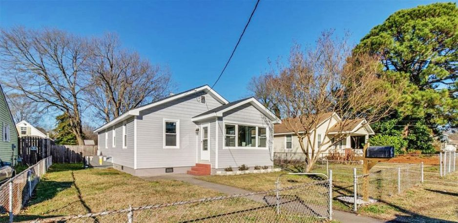 Front of property located at 2630 Greenwood Drive, Portsmouth, Virginia 23702