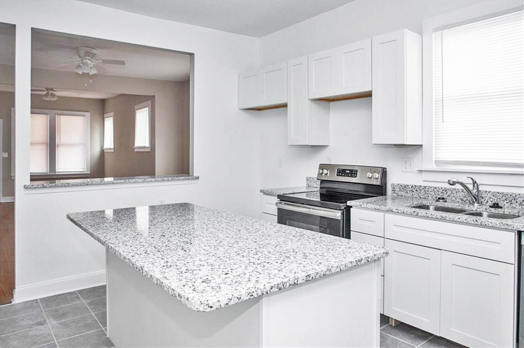Kitchen of property located at 2016 Richmond Avenue, Portsmouth, VA 23704