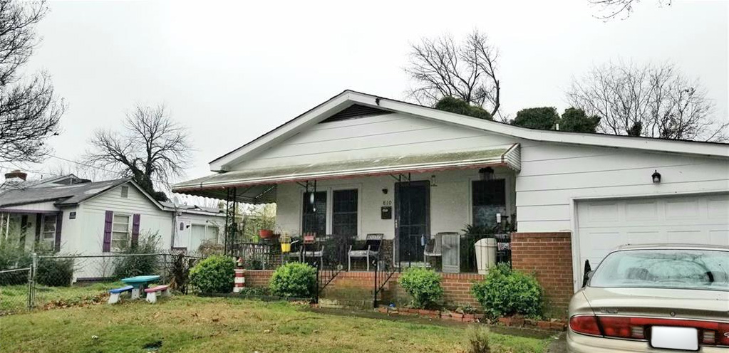 Front of property located at 810 31st Street, Newport News, VA 23607