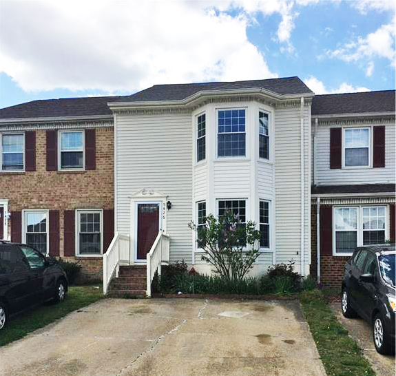 Front of townhome located at 5426 Scholarship Drive, Virginia Beach, VA 23462