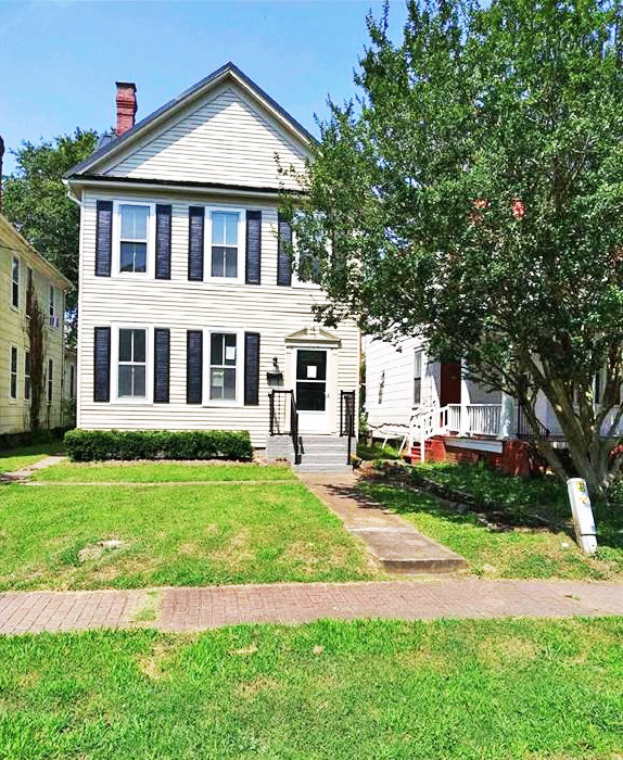 Front of property located at 1232 Chesapeake Avenue, Chesapeake, VA 23324