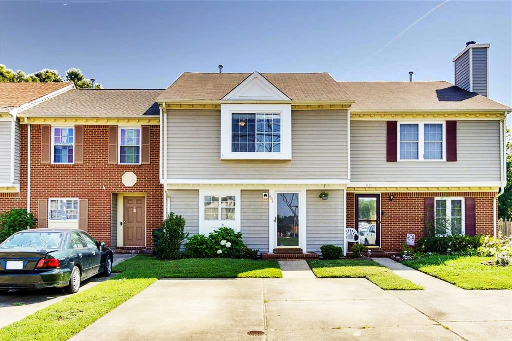 Front of Condo For Sale at 803 Huntly Drive, Chesapeake, Virginia 23320