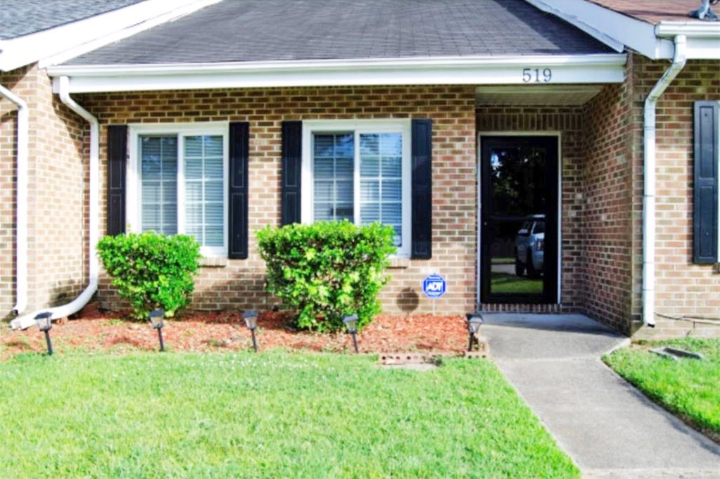 Front of house located at 519 Lanier Crescent, Portsmouth, Virginia 23707