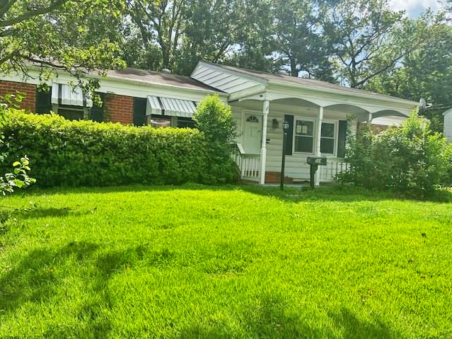 Front of property located at 564 S Rosemont Road, Virginia Beach, Virginia 23452