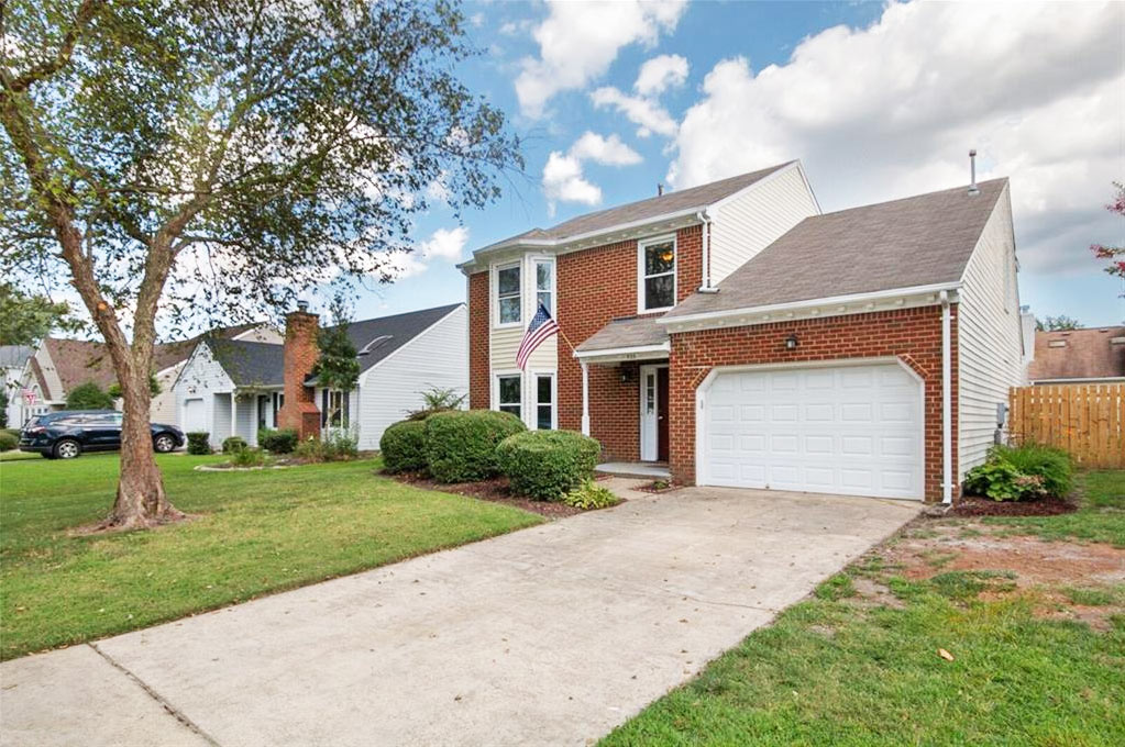 Front of property located at 928 Honeycutt Way, Virginia Beach, Virginia 23464