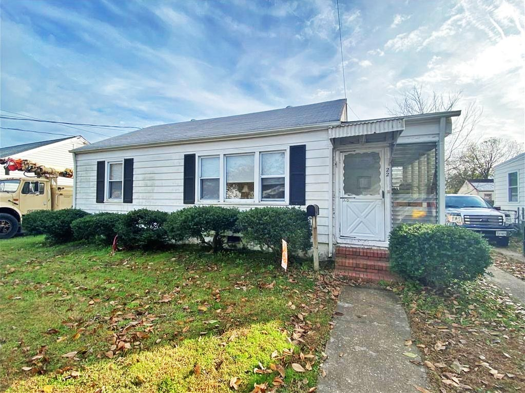 Front of property located at 22 Clayton Drive, Hampton, VA 23669