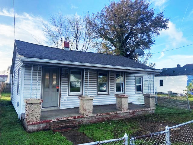 Front of property located at 1083 Johnstons Road, Norfolk, Virginia 23513