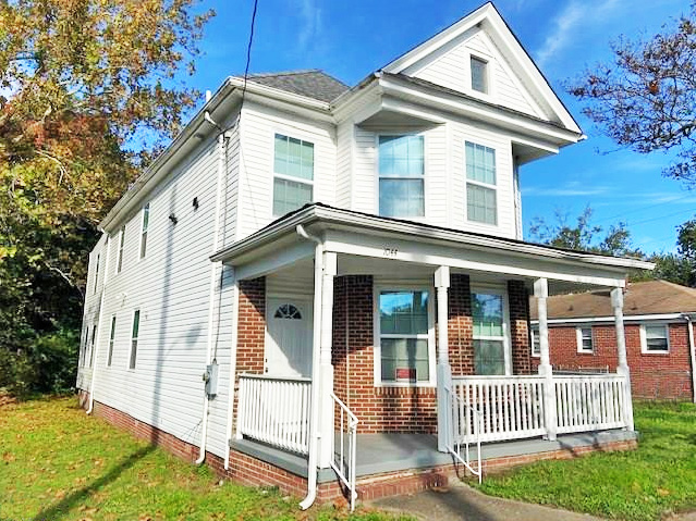 Front of property located at 1044 Lindenwood Avenue, Norfolk, VA 23504