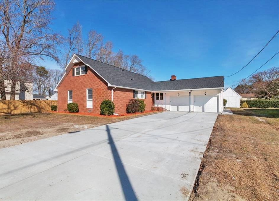 Front yard of property located at 128 Big Bethel Road, Hampton, VA 23666