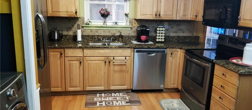View of kitchen from property located at 1420 Riverside Drive, Virginia Beach, VA 23453