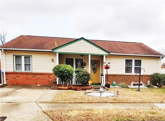Front of property located at 1420 Riverside Drive, Virginia Beach, VA 23453