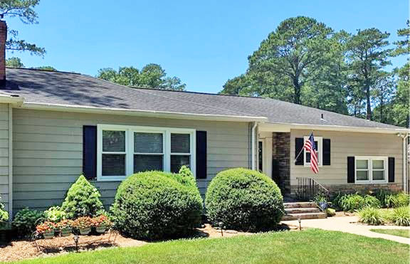 Front of property located at 4625 Duke Drive, Portsmouth, Virginia 23703