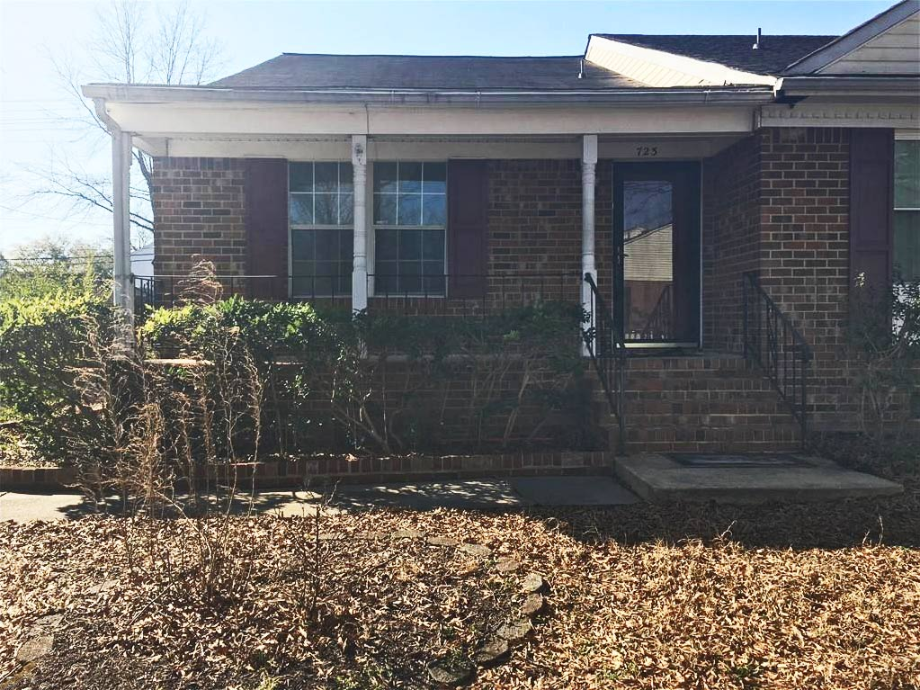 Front of property located at 723 Dunn Place, Norfolk, Virginia 23504