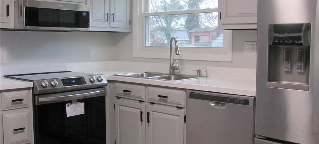 Kitchen of property located at 8132 Jolima Avenue, Norfolk, VA 23518