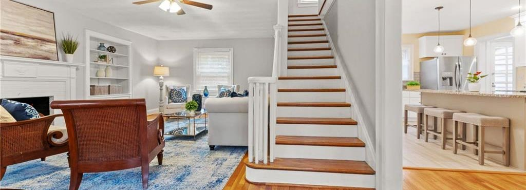 Den, Stairs, Kitchen of home located at 518 Rockbridge Road, Portsmouth, Virginia 23707