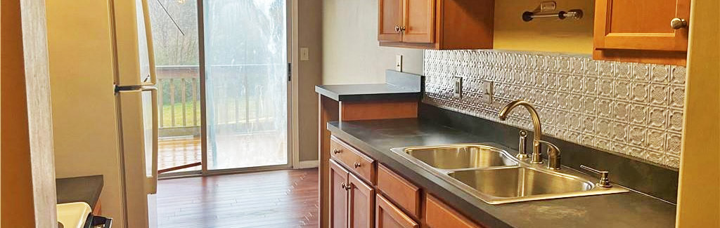 Kitchen of property located at 5192 Walkers Grant Lane, Virginia Beach, VA 23455