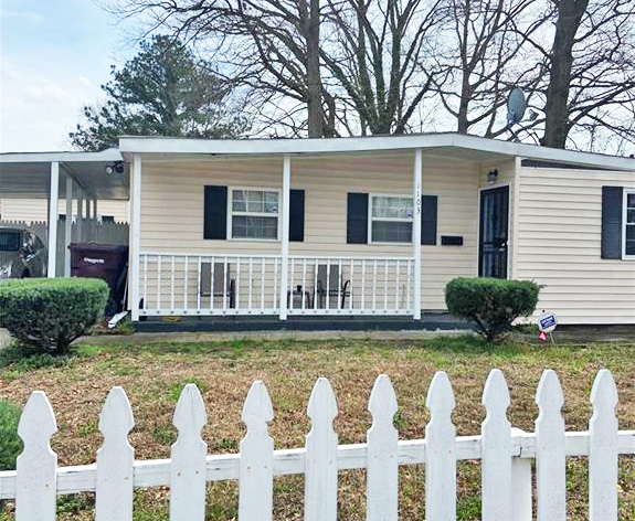 Front of property located at 1103 Bethel Road, Chesapeake, Virginia 23324