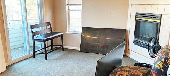 Family Room of 2801 West Avenue Unit #C, Newport News, VA 23607