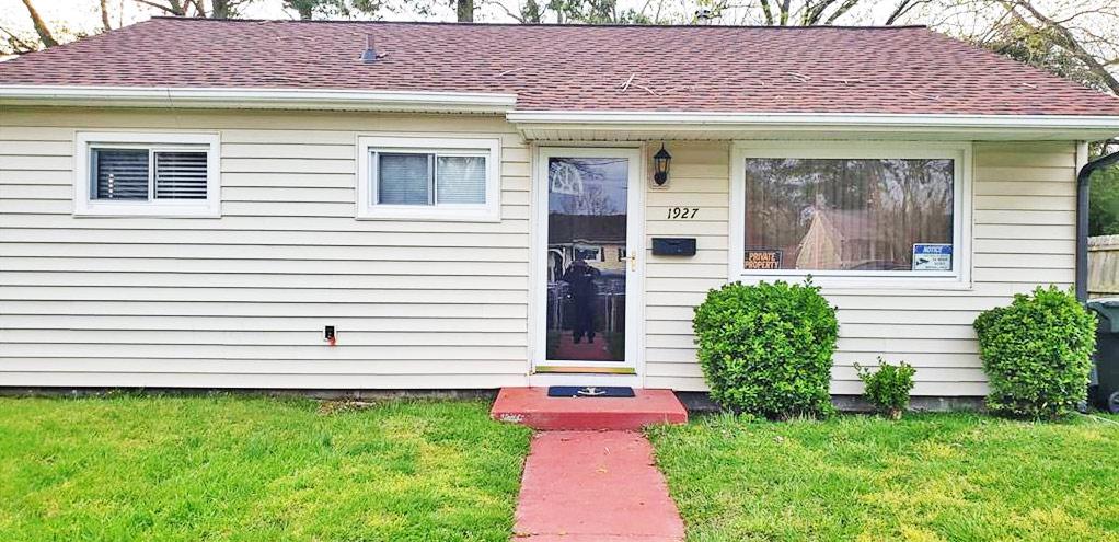 Front of property located at 1927 Bancroft Drive, Hampton, VA 23663