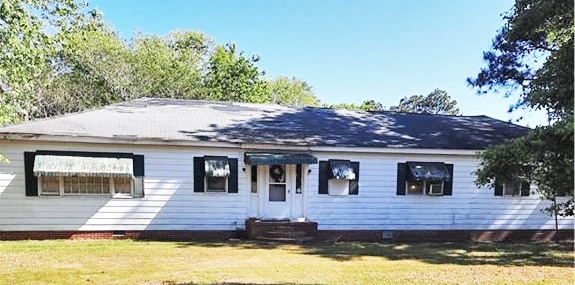 Front of property located at 27356 Cheapside Road, Cape Charles, Virginia 23310