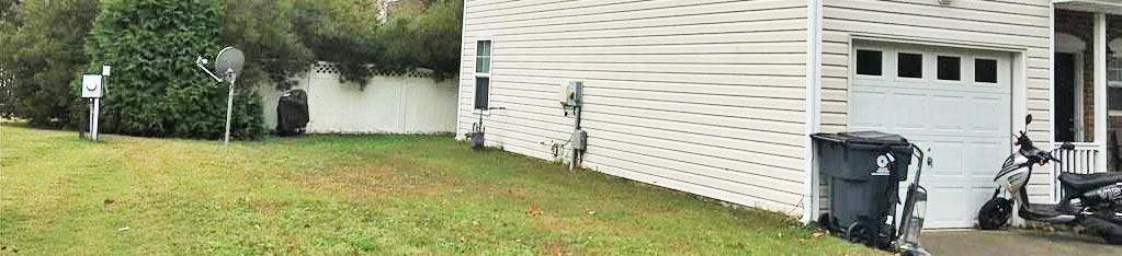 Side yard of property located at 829 Gem Court, Virginia Beach, Virginia 23462