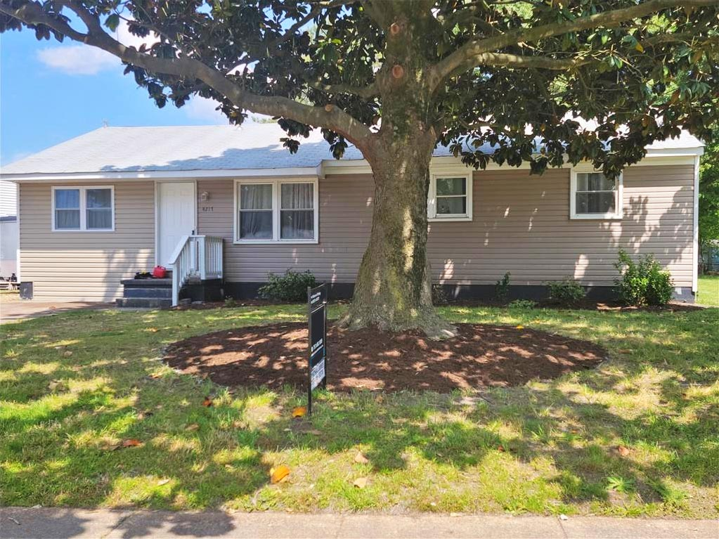 Front of property located at 4217 Wake Avenue, Chesapeake, Virginia 23324