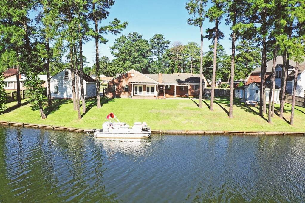 Back of property from the water view of 1505 Carson Crescent E, Portsmouth, Virginia 23701