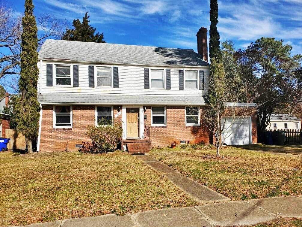 Front of property located at 204 N Shore Road, Norfolk, Virginia 23505