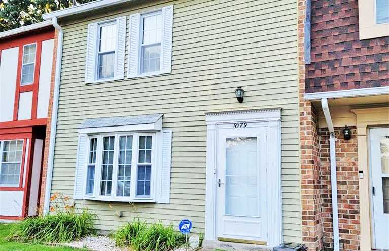 Front of condo located at 1079 Old Denbigh Boulevard, Newport News, VA 23602
