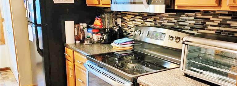 Kitchen of property located at 1079 Old Denbigh Boulevard, Newport News, VA 23602