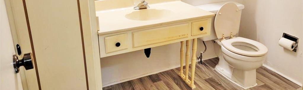 Bathroom in property located at 3 Alton Circle, Chesapeake, VA 23320