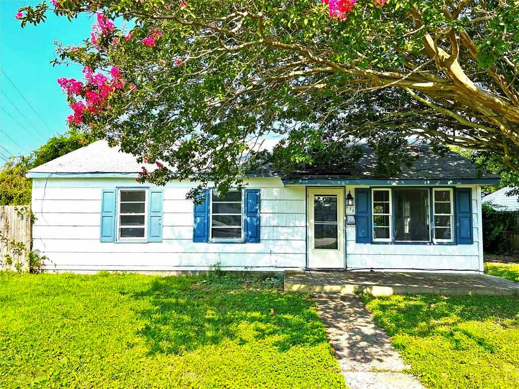 Front of property located at 530 Price Street, Hampton, VA 23663