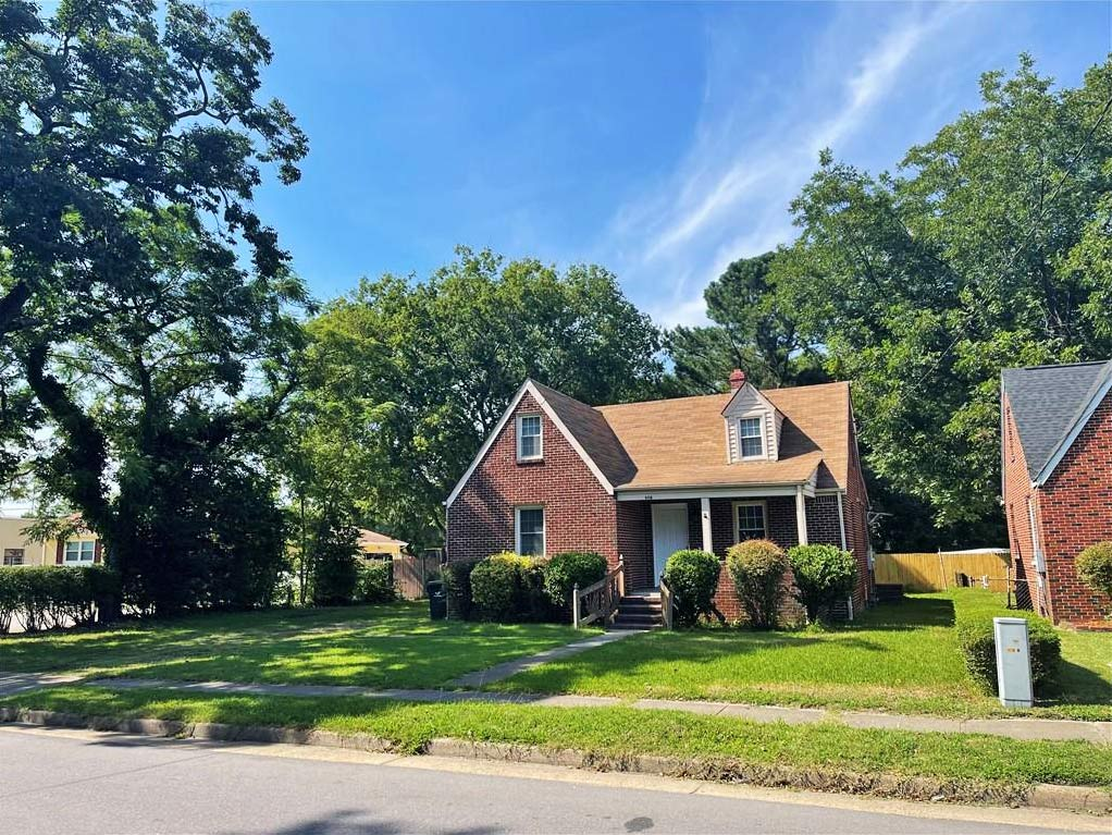 Front of property located at 908 Widgeon Road, Norfolk, Virginia 23513