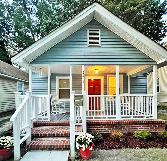 Front of property located at 2818 Victoria Avenue, Norfolk, Virginia 23504