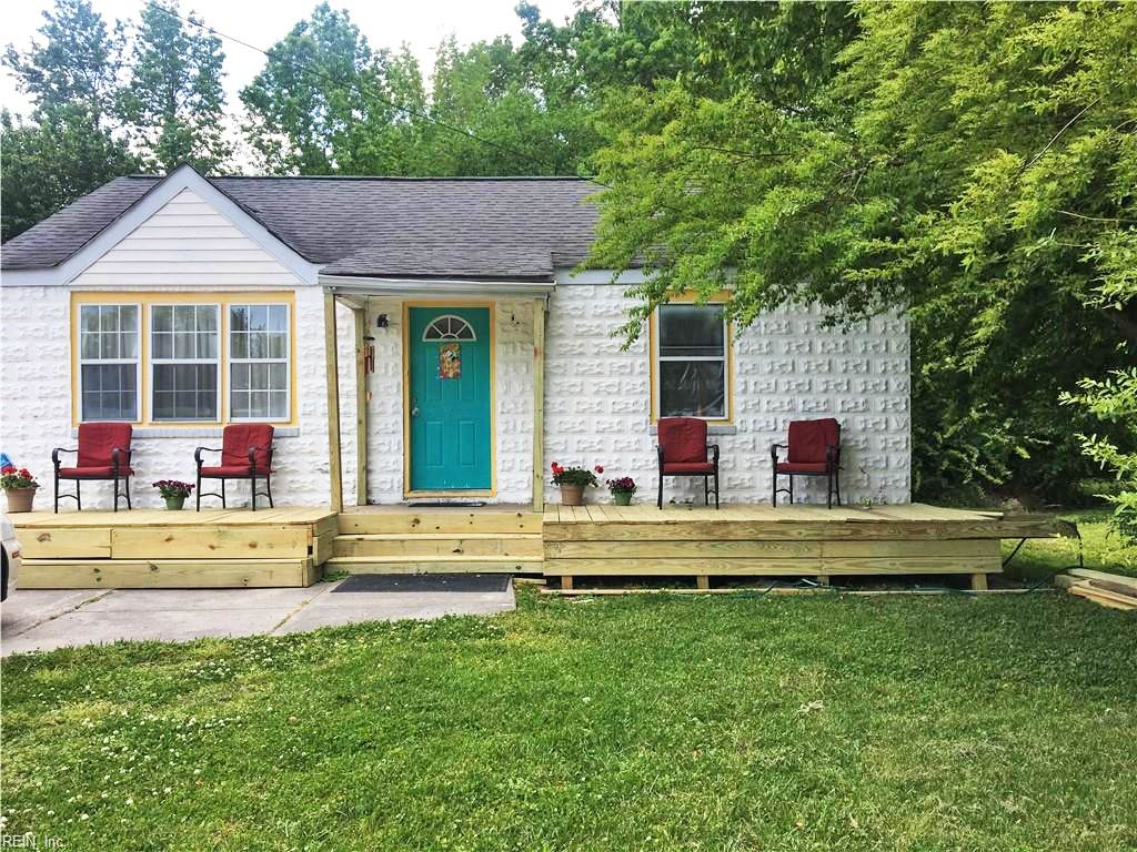 Front of property located at 1117 Beautiful Street, Virginia Beach, Virginia 23451